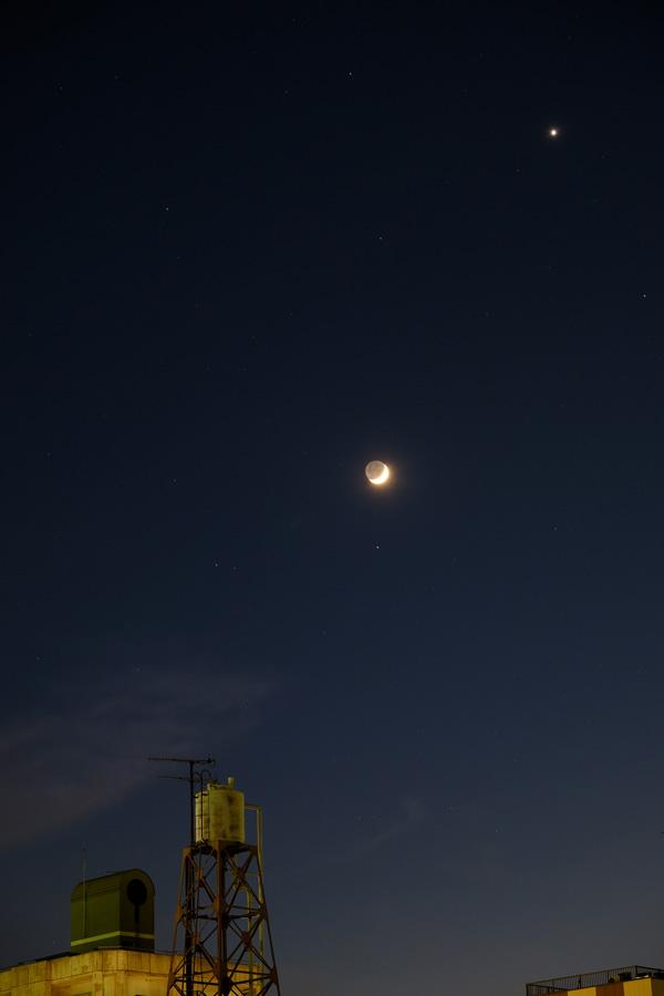 20150521-moon-venus