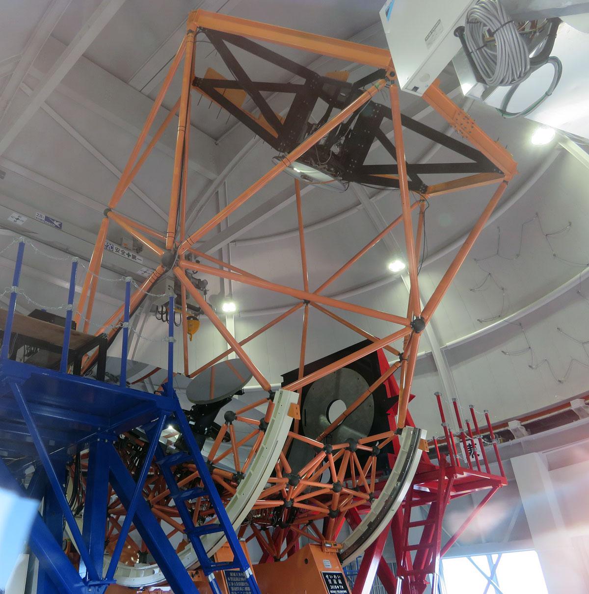 京都大学 岡山天文台 3.8m せいめい望遠鏡
