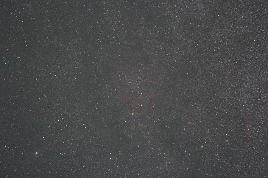 ケフェウス座 ガーネットスターとIC1396