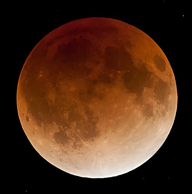 2011/12/10 皆既月食 皆既中の画像