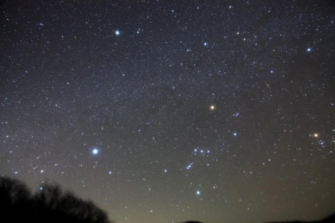 スカイメモで撮影した冬の大三角