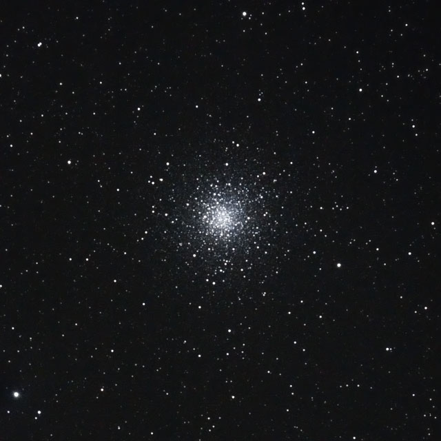 M10(へびつかい座の球状星団)