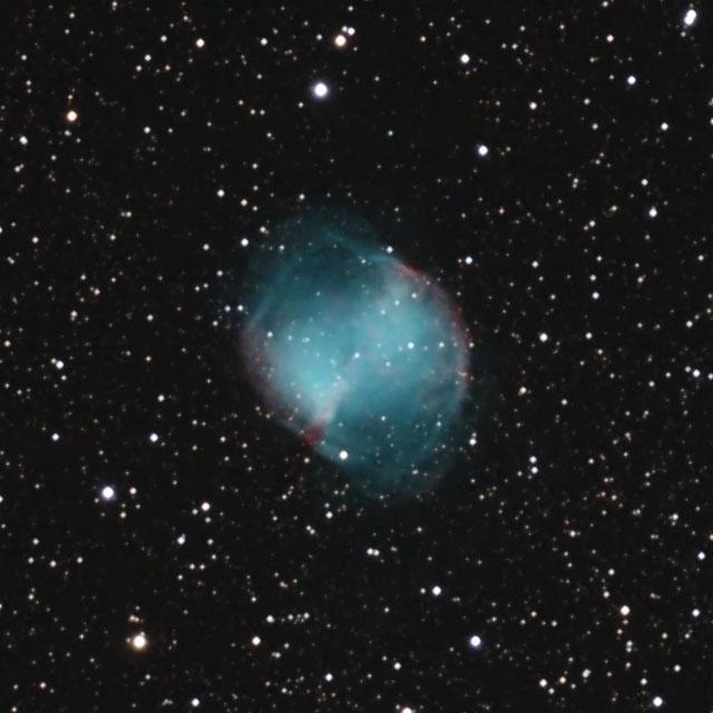 M27(こぎつね座の惑星状星雲)