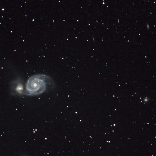 M51 子持ち銀河