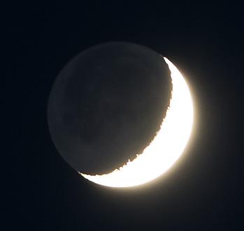 月齢4.8