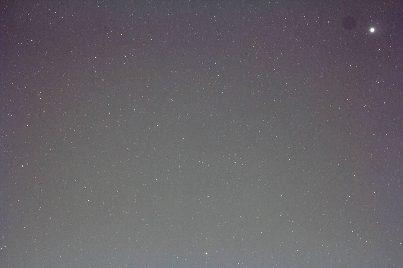 ACL200 + EOS60Da(輝星が右上端)