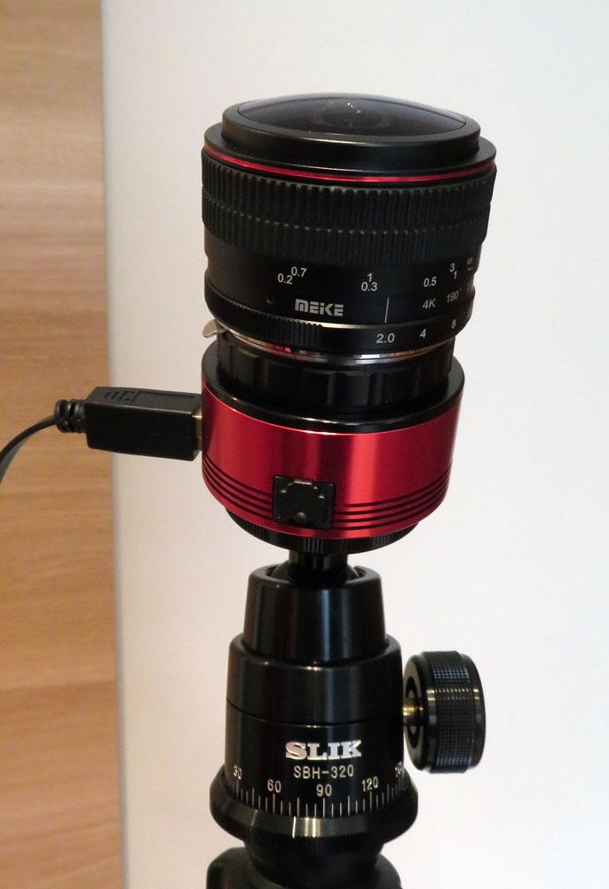 自由雲台に載せたZWO ASI482MC と Meike 6.5mm F2.0 Fisheye